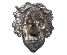 Rose & Her Nose Doorknocker – Bronze