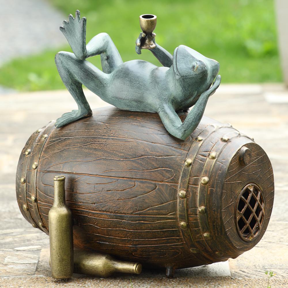 Connoisseur Frog Garden Sculpture Bluetooth Speaker