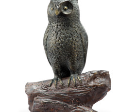 Hooting Owl Garden Sculpture with Bluetooth Speaker
