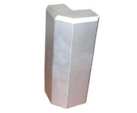 Diamond Plate Aluminum Outside Corner for Base Molding – Silver